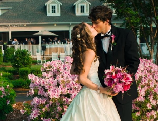 http://Bride%20and%20Groom%20kissing